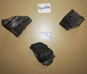 Hyperstène - Morceau entre 140 et 180 gr