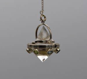 Pendule Quartz - Vogel + Tétraèdre + Cone + 7 chakras